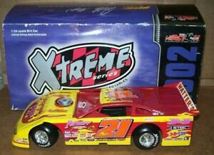 BILLY MOYER #21 PETROFF TOWING 2002 1/24 ACTION DIRT LATE MODEL CAR 4.008 MADE