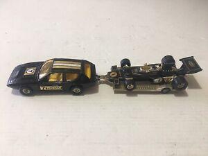 1976 CORGI SET GS32 LOTUS ELITE JPS F1 RACING CAR & TRAILER John Player Special
