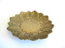 Massiver ziselierter Bronzeteller