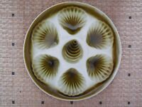 VINTAGE French Majolica OYSTER PLATE /  ORCHIES FRANCE / GREEN KHAKI
