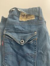 levis womens jeans 28W 32L