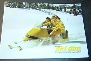 RARE VINTAGE 1967 SKI-DOO SNOWMOBILE SALES BROCHURE 8 PAGES NICE++