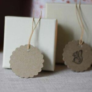 12 x Brown Blank Gift Tags With Scalloped Edges – Craft Projects / Wedding