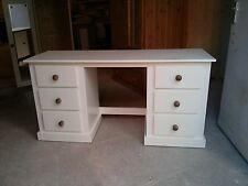 AYLESBURY 6 DRAWER DOUBLE DRESSING TABLE CREAM/MED OAK HANDLES