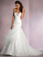 Alfred Angelo Disney's Jasmine wedding dress size 18w style 261