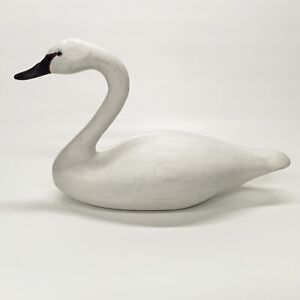 "Austin Productions 17"" Long White Swan Statue Figurine 1980"