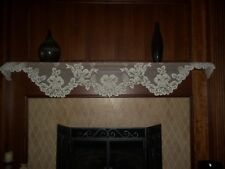 LACE SHELF RUNNER IVORY MANTLE BELL CONE 94 X 20 CMSR285