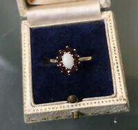 Women's 9ct Gold Garnet & Opal Stone Ring Weight 1.59g Size N Stamped