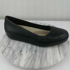 FitFlop Due Women Sz 39/8.5 Black Leather Cap Toe Biomimetix Sole Low Wedge Flat