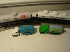 HO Scale 2 Allied Chemical Cynamid Tankers + 2 Road Champs Hot Wheels trucks toy
