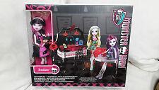 Monster High Draculaura und Biss-tro BISTRO Bar inkl. 1 Puppe Mattel Neu & OVP