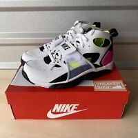 Nike Men Air Trainer Huarache White Black Laser Fuchsia Volt Sz 11 (679083-109)