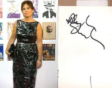 Alexandra Shulman ( Designer)  signed autograph on white card + photo !