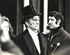 """kirk douglas in """"dr. jekill & mr hyde"""" behind scenes foto von edward wing siebziger"""