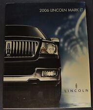 2006 Lincoln Mark LT Sales Brochure Folder Excellent Original 06 Canadian