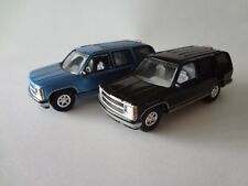 Johnny Lightning 1997 Chevy Tahoe x2 - Loose New Mint 1:64