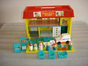 Vintage 1976 Little People Fisher Price Childrens Hospital Near Complete Playset