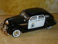 NEW 1:32 1936 CHRYSLER AIRFLOW BEDFORD FALLS POLICE CAR