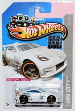 HOT WHEELS 2013 HW CITY NISSAN 350Z WHITE FACTORY SEALED