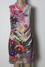 smash Kleid Gr. M weiß-bunt mini/kurz Blumen Kleid mit Wasserfall Ausschnitt