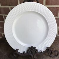 "Oneida Wicker White basketweave border stoneware Ivory Dinner plate 10 3/4"" EUC"