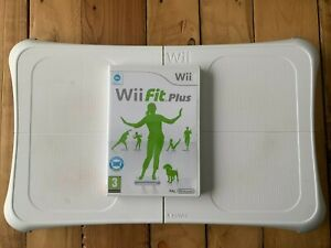 Wii Fit Plus + Balance Board - Complet - Wii