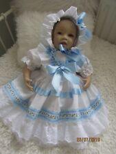 """Muñeca Reborn talla 22"""" -/bebé 3-6 Mths Blanco/Azul Con Sombrero que empareja del sol"""