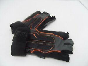 Women's Nike Fit Dry Fingerless Wrist Gloves Strap - Black//Grey - Medium