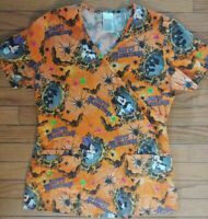 Disney Halloween Hauntings Scrub Top Size XS Mickey Minnie Mouse Bats Spiders