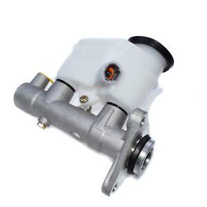 Brake Master Cylinder 47201-02010 For Toyota Corolla Chevrolet Prizm 47201-12800