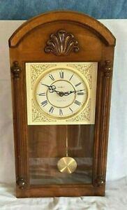 Vintage Howard Miller Pendulum Wall Clock Westminster Chimes  Model 613-236 *