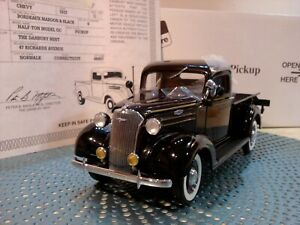 DANBURY MINT 1937 CHEVY PICKUP..1:24..SUPER RARE..NOS TITLE..UNDISPLAYED..MINT