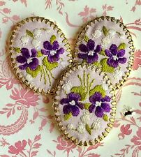 Vintage Hobe Cabochon,Jewelry Violets Flowers Embroidery Silk Gold Plate1488 AS
