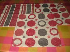 3 Red Reversible Square Sofa Cushion Covers with in Good Condition