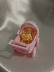 """1 3/4"""" Miniature Blonde Baby Doll Pink Baby Stroller Crotchet Outfit & Blanket"""