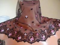 Elastische bestickte Spitze,Spitzenborte,lace in braun mit rosa 21cm breit