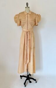 Vintage 1930s Dress Puffed Sleeves Smocked Zip Front Dressing Gown Satin Taffeta