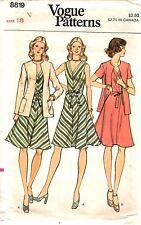 """Vintage 1970s Vogue Sewing Pattern A-LINE DRESS & JACKET 8819 Sz 18 B40"""" UNCUT"""
