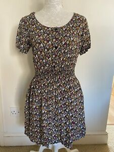 Ditsy Floral Dress 14