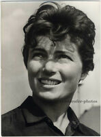 Lyudmila Vasilyeva, russische Pilotin, Original Presse-Photo von 1967.
