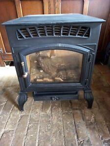 """Flueless """"Log Burner"""" Gas Stove from Burley Appliances Ltd Model G4121"""