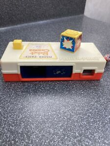 """Vintage Fisher Price 464 Pocket Camera Toy """"A Trip To The Zoo"""" In Working Order"""