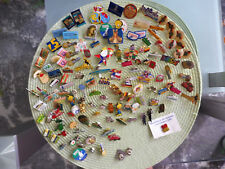 Konvolut Pins - verschiedene insgesamt 130 Stück