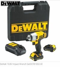 DeWalt DCF813D2-XE Li-Ion Cordless Impact Wrench Combo Kit & Free Torch
