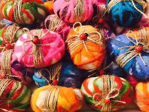 5 colorfull handmade Felted soaps. Handmade. Exfoliating Soap. Gift Set