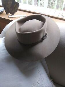 Vintage AKUBRA Silver Spur Chocolate Brown Outback Hat Size 57 Australia 7 31/8