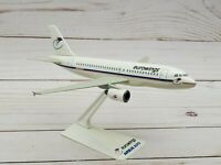 Euro Wings Airbus A319 Model Scale 1:200 Wooster Flight Miniatures Snap-Fit