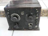 VINTAGE 1924 Crosley? Regenerative Reciver 2 Tube Radio Small Wood Cabinet