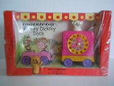 SUPER RARE & MINT ! 1967 Tootsietoy Playmates # 2051 Hickory Dickory Dock Mint