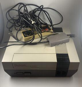 Original Nintendo NES-001 Entertainment System Console SELLING AS PARTS UNSURE.